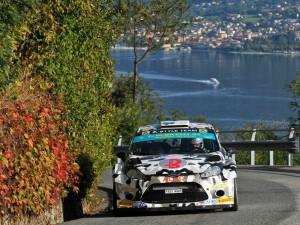 Rally di Como, suggestivo passaggio con il lago sullo sfondo