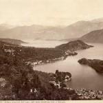 800px-Brogi,_Carlo_(1850-1925)_-_n._9016_-_Lago_di_Como_-_Veduta_generale_del_Lago,_dall'isola_Comacina_fino_a_Bellagio